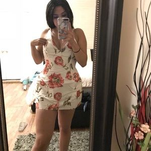 Selena Dress 👗